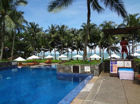 Club Med Bintan Island: Pool area