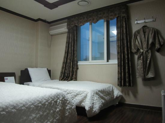 Benikea Hotel Flower : Deluxe twin room