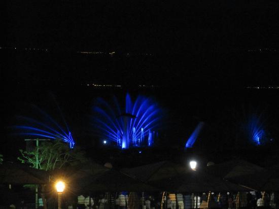 Leonardo Plaza Hotel Tiberias: Nightly laser show poolside and seaside