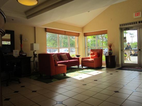 Fairfield Inn Amesbury: lobby