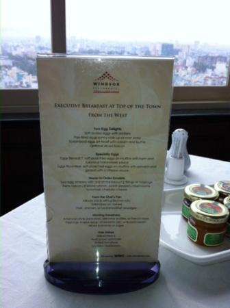Windsor Plaza Hotel: BF Menu