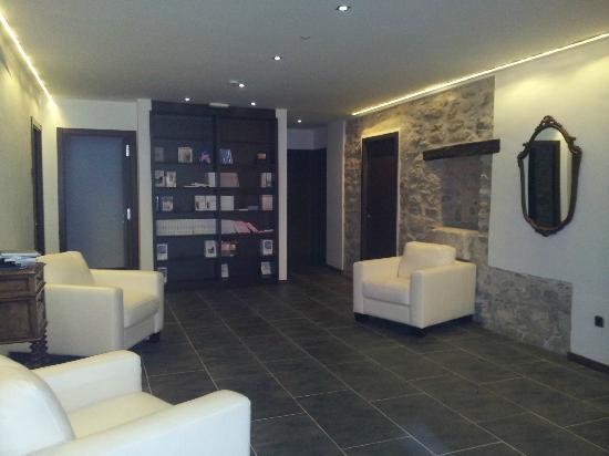Can Güell Hotel Resort: rinconcito en los pasillos de las habitaciones