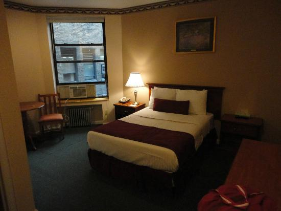 Top Chambre - Picture of Hotel St. James, New York City - TripAdvisor VA28