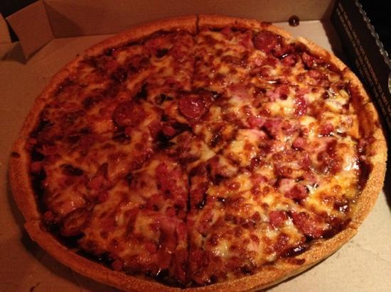 HELLS PIZZA: yum