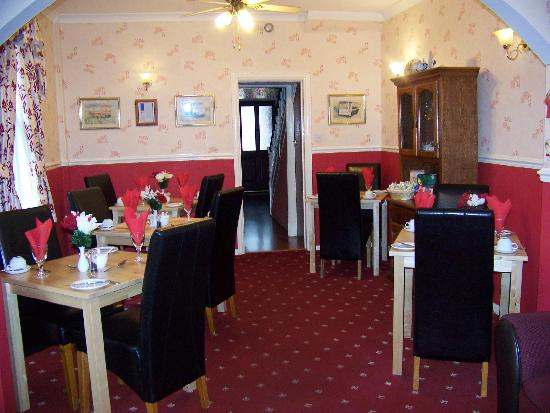 Monico Guest House: dinning room