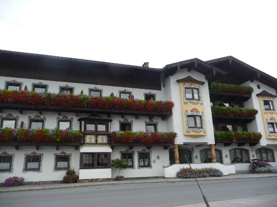 Munster, Austria: The zimmer front view