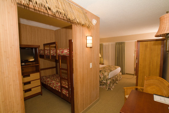 Maui Sands Resort & Indoor Waterpark: Orchid Blossom Suite
