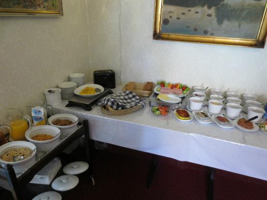Rogalandsheimen Gjestgiveri: Breakfast