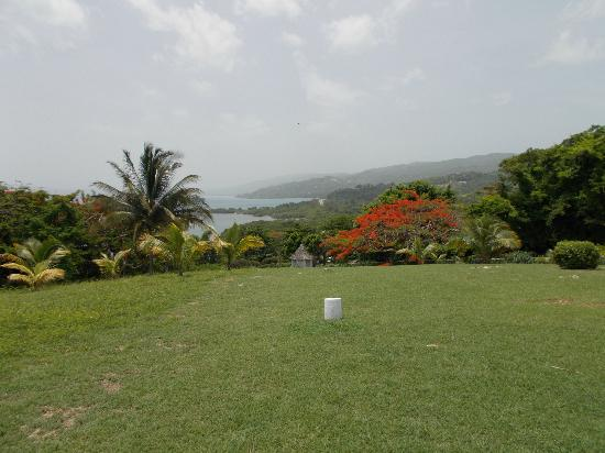 Round Hill Hotel & Villas: View from the Hill