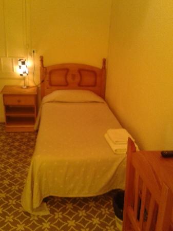 Hostal Santa Teresa: habitación  individual
