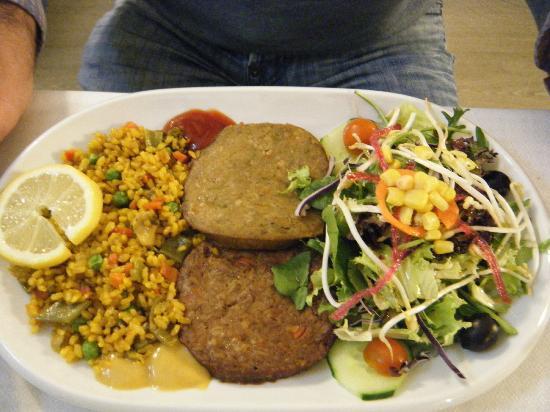 El Laurel: Veggie Burgers