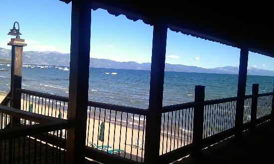 奠雷拉托斯湖濱渡假村照片