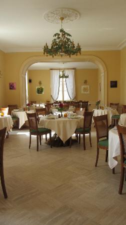 Chateau Pomys: Restaurant