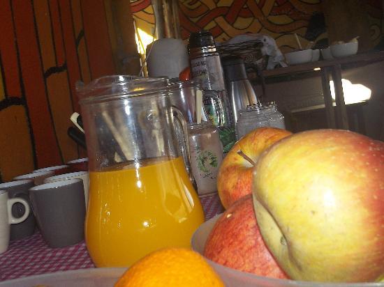 Red hostel: Desayuno