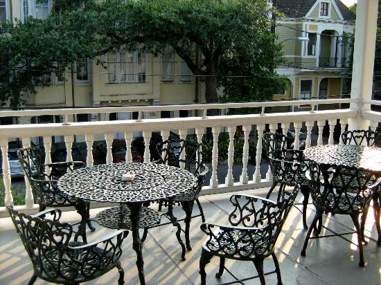 Grand Victorian Bed & Breakfast: Balcony