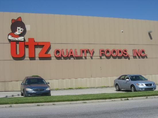 ‪Utz Potato Chip Factory Tour‬