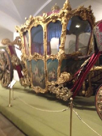 Palais des Armures : carriage
