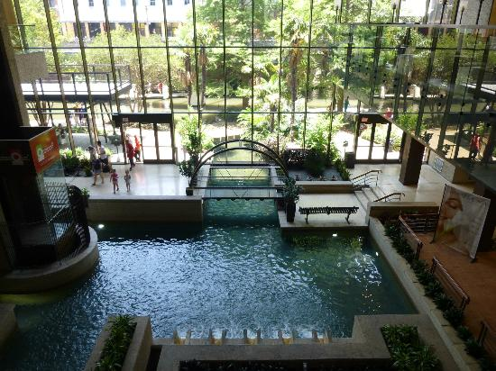 Hyatt Regency San Antonio Foyer Leading To The Riverwalk