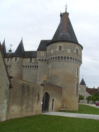 Chateau de Fougeres-sur-Bievre