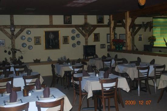 Old German Schnitzel Haus: Olde German Schnitzel Haus