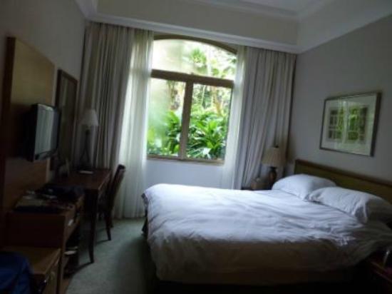 Treetops Executive Residences Singapore: Master bedroom