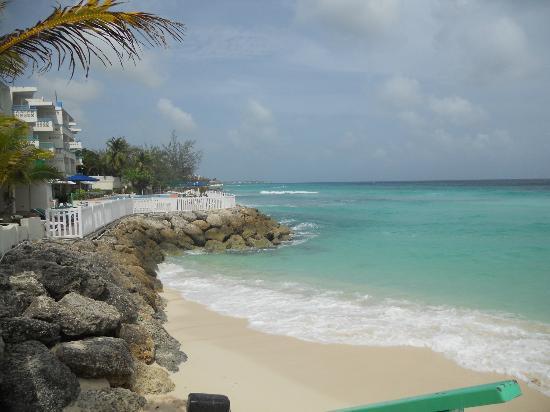 Rostrevor Hotel: Small Hotel Beach