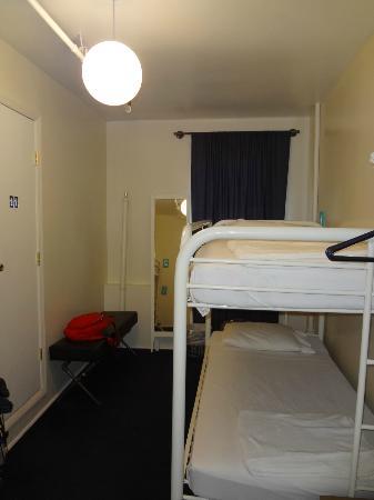 American Dream Hostel: Quarto feminino, 4 pessoas