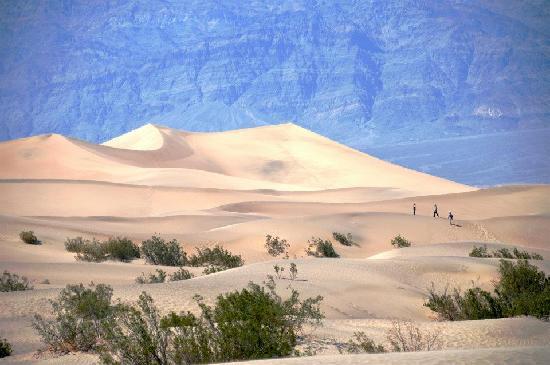 Eureka Dunes : Nice!