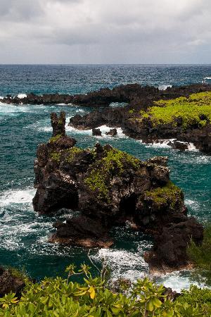 Wai'anapanapa State Park: Unusual Island