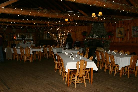 Peaceful Valley Resort and Conference Center : Reception/Dance Floor Hall