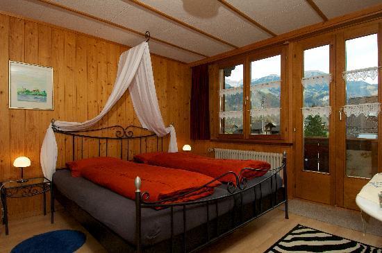 Chalet Zum Steg : Red Room