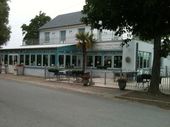 Nord-Pas-de-Calais, Francia: Auberge de la Madelon Fleurie