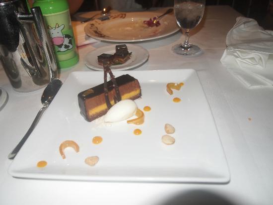 Orchids: chocolate dessert