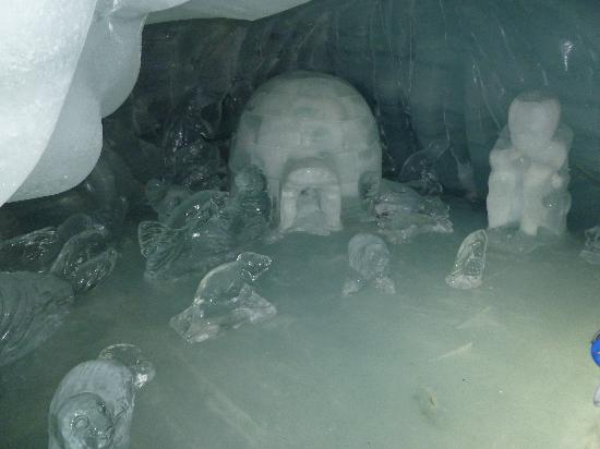 "Jungfraujoch: ""Inside the Ice Palace"""