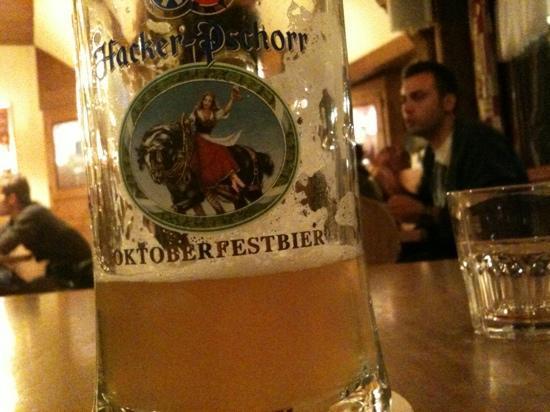 Birreria Hacker Pschorr: keller