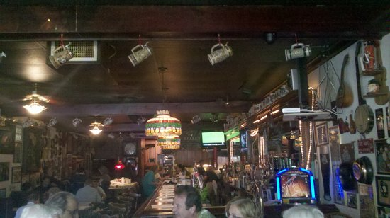 Kelley's Irish Pub