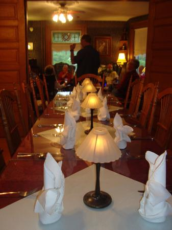 Arbor View Inn: dinner with friends at the Inn