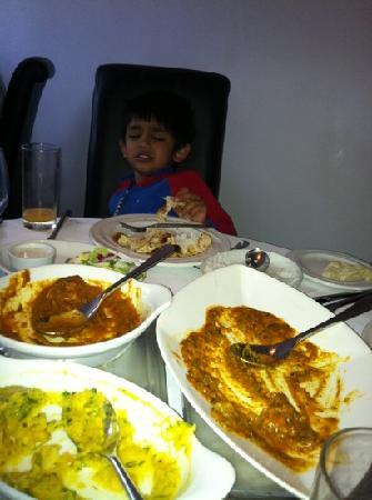 Lalbagh Bangladeshi & Indian Diner : Arib , Just to full!