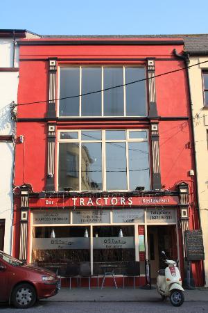 Tractors Restaurant and Bar : Tractors Restaurant May 2012