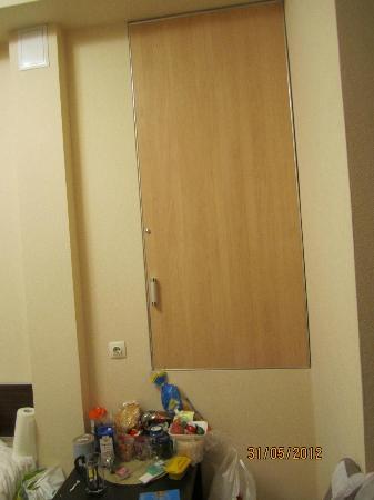 """Mini Hotel na Rubinshteyna 5: Потаенная дверца, за которой происходят какие-то """"чудеса"""""""