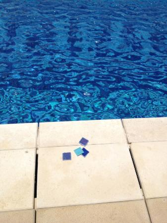 The St. Regis Doha: broken tiles from the swimming pool