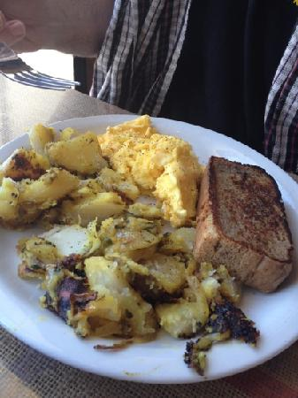 Crossroads Cafe: regular scrambled eggs and banana (tasteless) and banana bread (delicious)