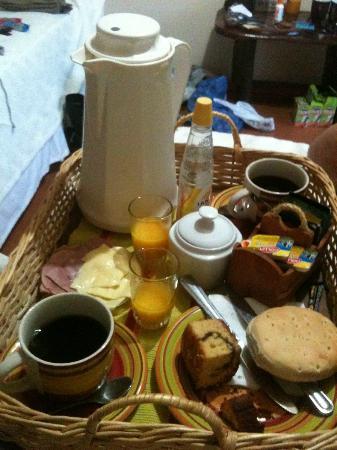 Tea Nui - Cabanas y Habitaciones: Desayuno a la habitación