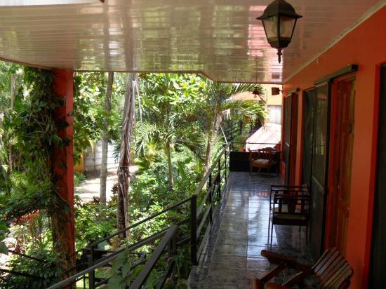 Hotel Brilla Sol: CORREDORES