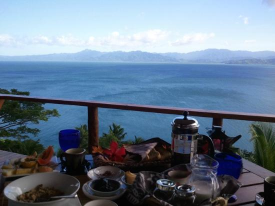 Naveria Heights Lodge: delicious breakfast with the best view