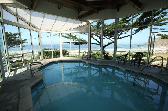Pacifica Beach Hotel: Indoor pool