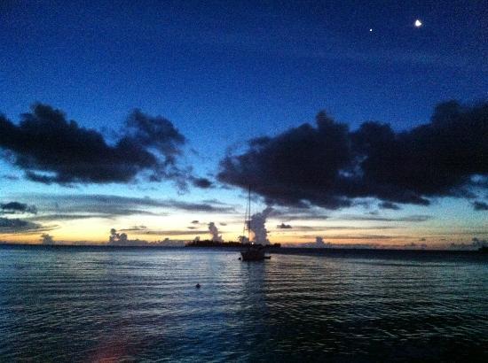 Bora Bora Yacht Club : Vue du Yach Club Bar Restaurant
