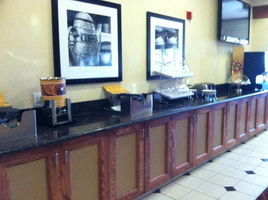 Hampton Inn Salt Lake City-Downtown: Breakfast Station