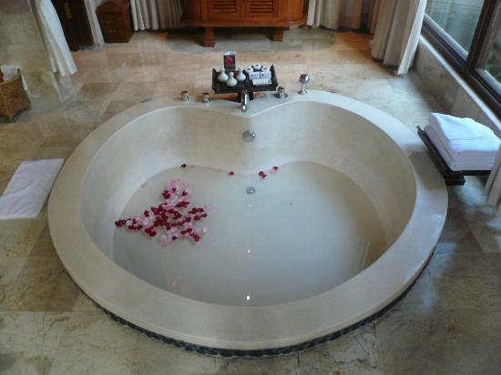 Vasche Da Bagno Water : Vasca da bagno foto di the royal pita maha kedewatan tripadvisor