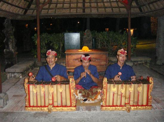 The Oberoi Bali: Part of the traditonal Gamelan orchestra